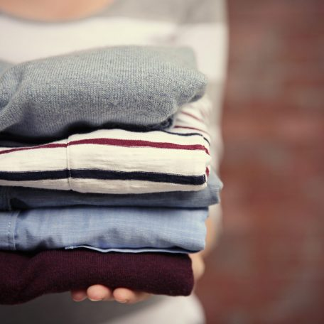 Los Feliz Fluff & Fold Service Image